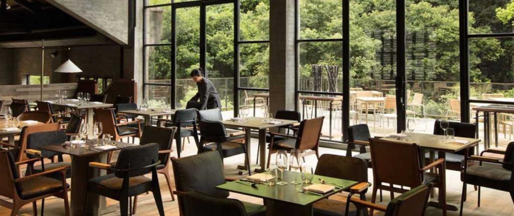 sillas de restaurante - Stellar Works - Hotel Alila