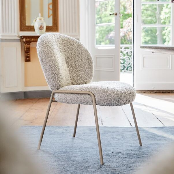 La silla Nana de Freifrau, diseñada por Hanne Willmann